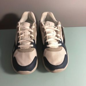 Avia athletic sneakers 8 NWT